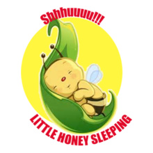 Little-honey-sleeping T-Shirt