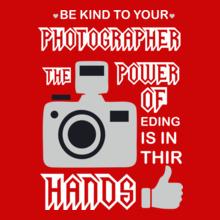 Photographer photographer-power-hand T-Shirt